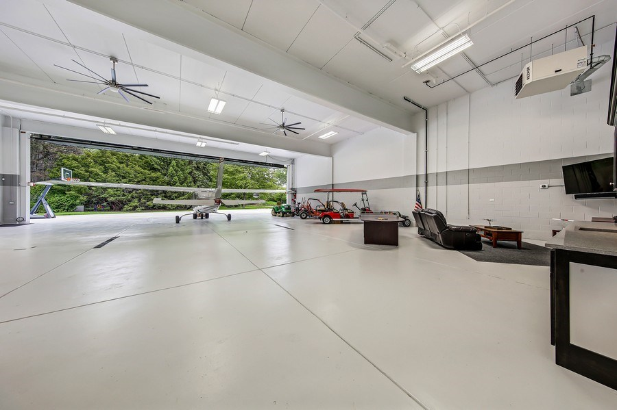 Real Estate Photography - 8545 Kearney Road, Downers Grove, IL, 60516 - Hangar
