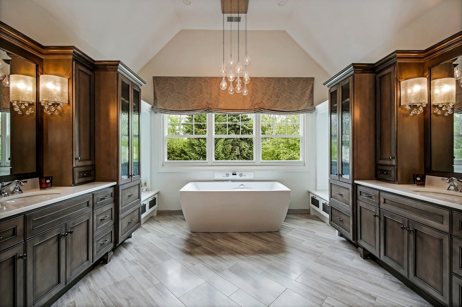Real Estate Photography - 8545 Kearney Road, Downers Grove, IL, 60516 - Master Bathroom