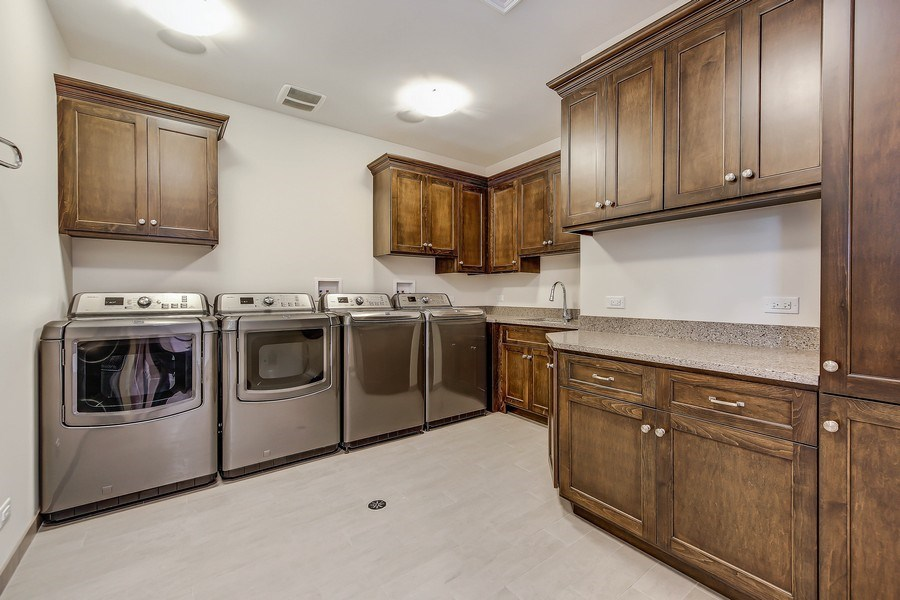 Real Estate Photography - 8545 Kearney Road, Downers Grove, IL, 60516 - 2nd Floor Laundry Room