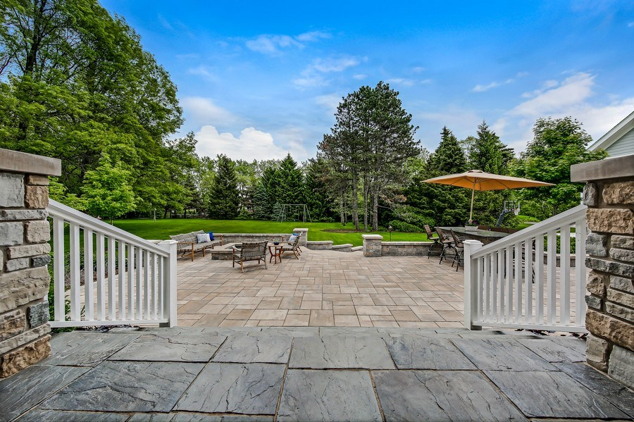Real Estate Photography - 8545 Kearney Road, Downers Grove, IL, 60516 - Patio