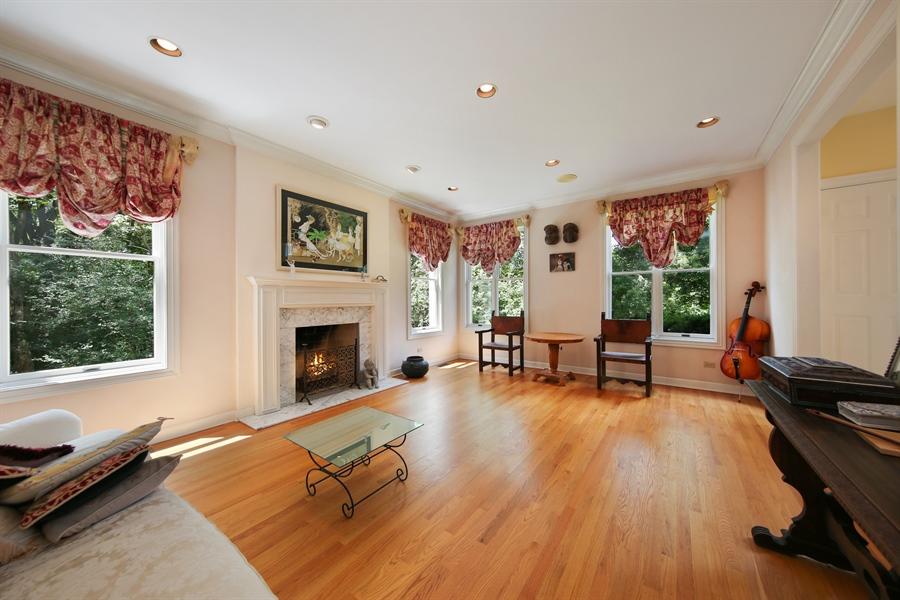 Real Estate Photography - 47 Brookside, Lemont, IL, 60439 - Living Room