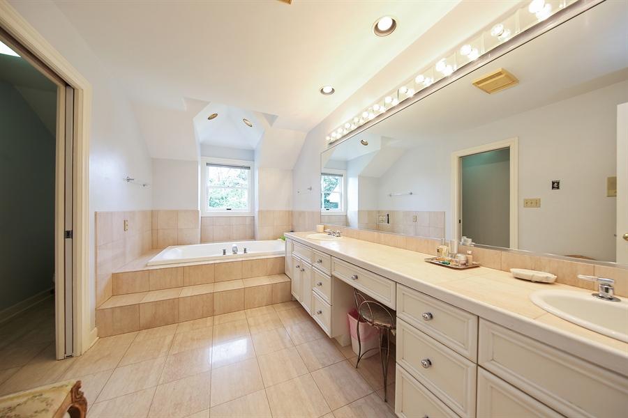 Real Estate Photography - 47 Brookside, Lemont, IL, 60439 - Master Bathroom