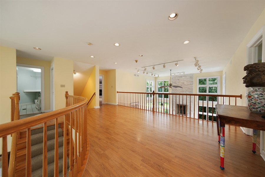 Real Estate Photography - 47 Brookside, Lemont, IL, 60439 - 2nd Floor Corridor