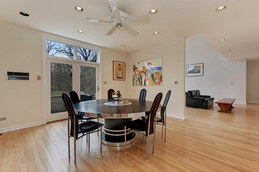 Real Estate Photography - 47 Brookside, Lemont, IL, 60439 - Kitchen Eating Area