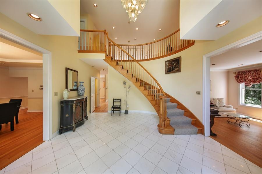 Real Estate Photography - 47 Brookside, Lemont, IL, 60439 - Foyer