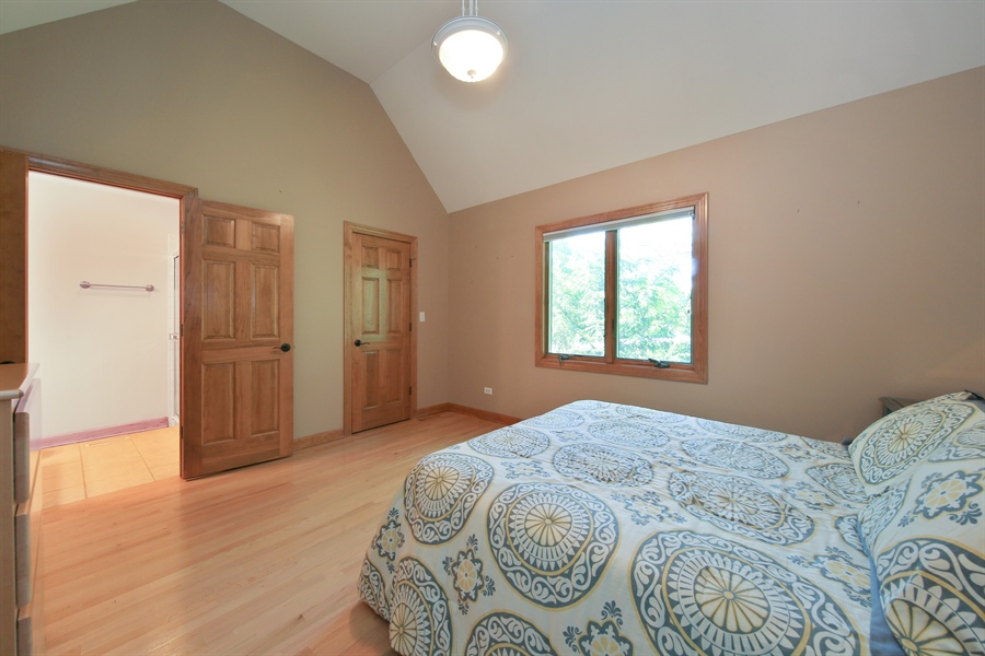 Real Estate Photography - 8981 Orchard, Willow Springs, IL, 60480 - 2nd Bedroom