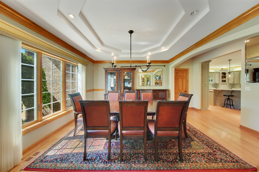 Real Estate Photography - 8981 Orchard, Willow Springs, IL, 60480 - Dining Room