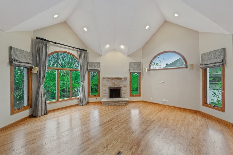Real Estate Photography - 8981 Orchard, Willow Springs, IL, 60480 - Family Room