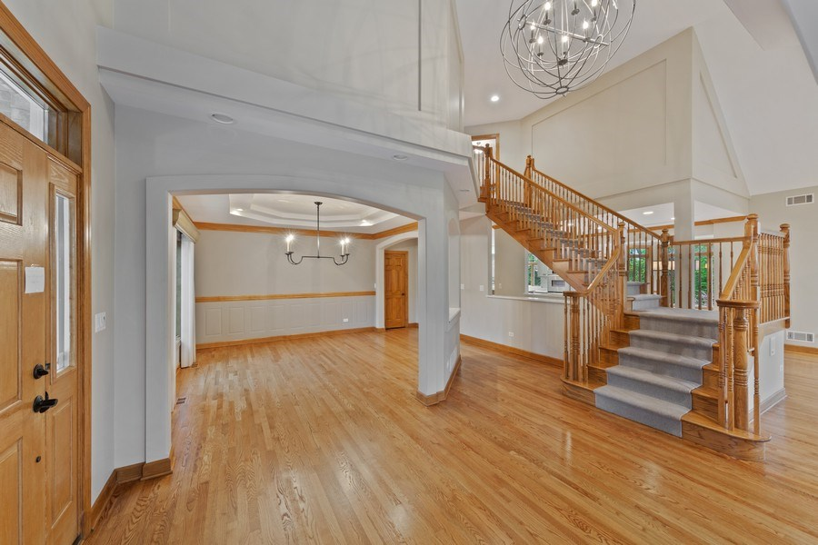 Real Estate Photography - 8981 Orchard, Willow Springs, IL, 60480 - Foyer