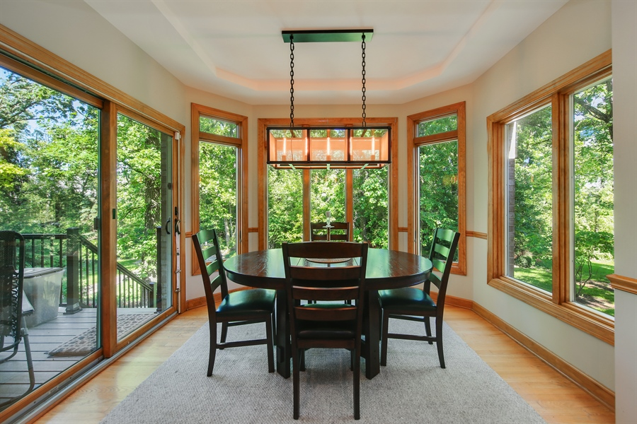 Real Estate Photography - 8981 Orchard, Willow Springs, IL, 60480 - Breakfast Area