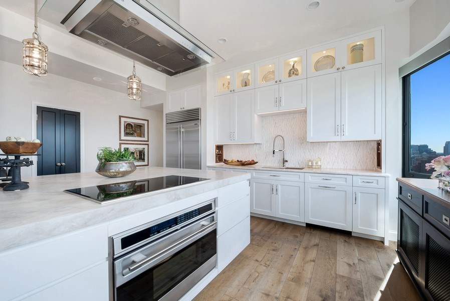 Real Estate Photography - 1555 N Astor, 48W, Chicago, IL, 60610 - Eat-in Kitchen, Another View (10' Ceilings)
