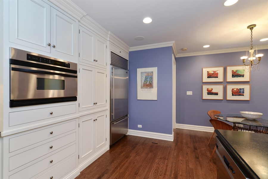 Real Estate Photography - 3400 N Lake Shore Drive, 6E, Chicago, IL, 60657 - Kitchen / Breakfast Room