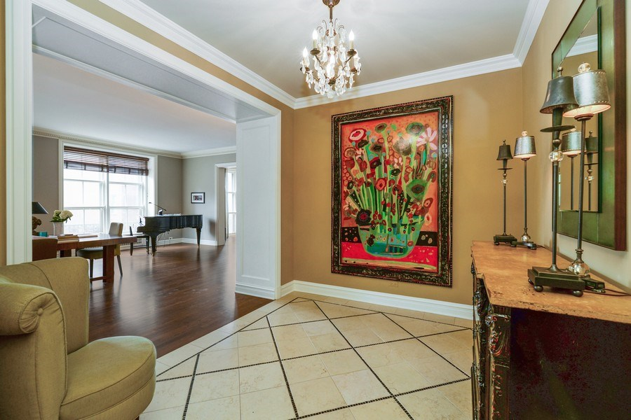 Real Estate Photography - 3400 N Lake Shore Drive, 6E, Chicago, IL, 60657 - Foyer