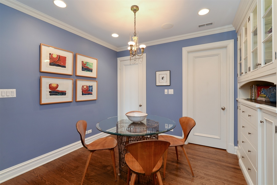 Real Estate Photography - 3400 N Lake Shore Drive, 6E, Chicago, IL, 60657 - Breakfast Room