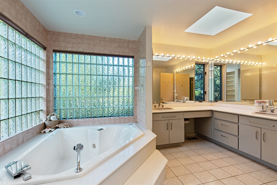 Real Estate Photography - 5 Summit Dr, Dune Acres, IN, 46304 - Master Bathroom