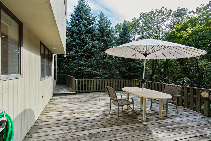 Real Estate Photography - 5 Summit Dr, Dune Acres, IN, 46304 - Patio