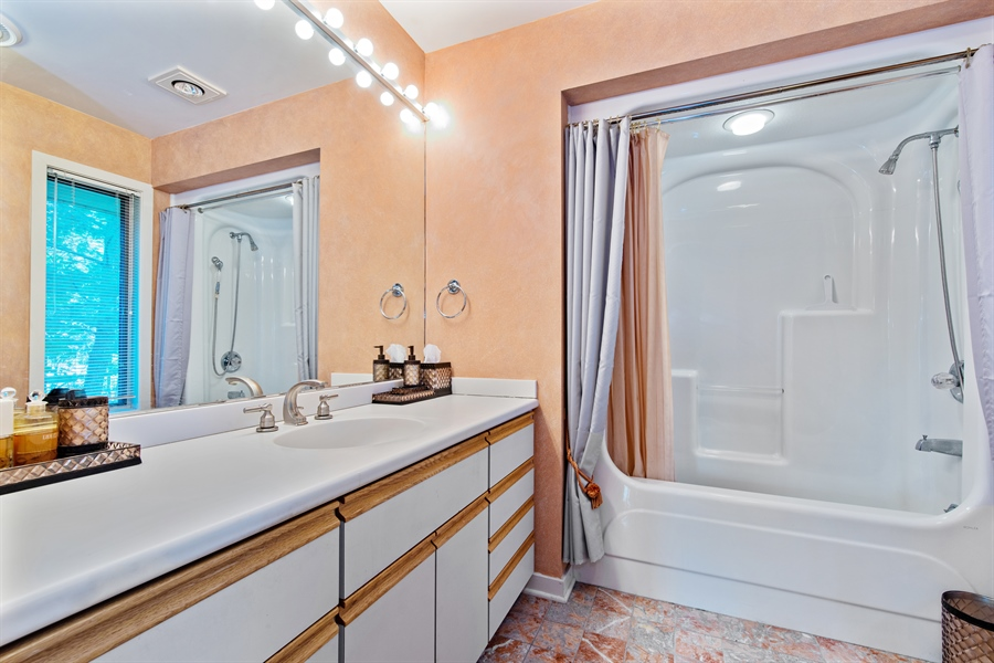 Real Estate Photography - 5 Summit Dr, Dune Acres, IN, 46304 - 2nd Bathroom