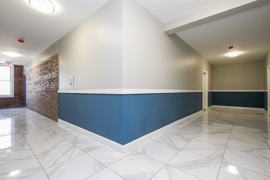 Real Estate Photography - 7400 S Stony Island Ave, 302, Chicago, IL, 60649 - Hallway