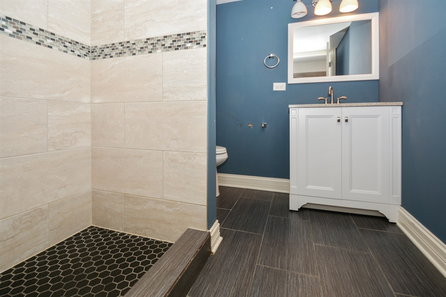 Real Estate Photography - 5737 S New England Ave, Chicago, IL, 60638 - 3rd Bathroom