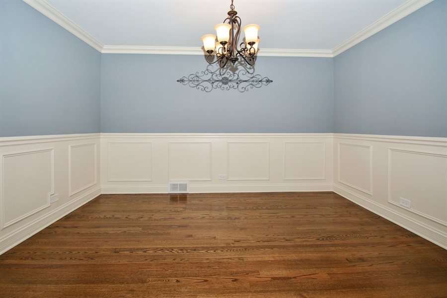 Real Estate Photography - 5737 S New England Ave, Chicago, IL, 60638 - Dining Room