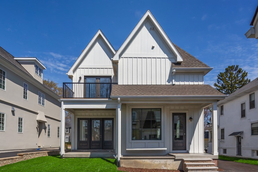 Real Estate Photography - 22 E 6th St, Hinsdale, IL, 60521 - Rear View
