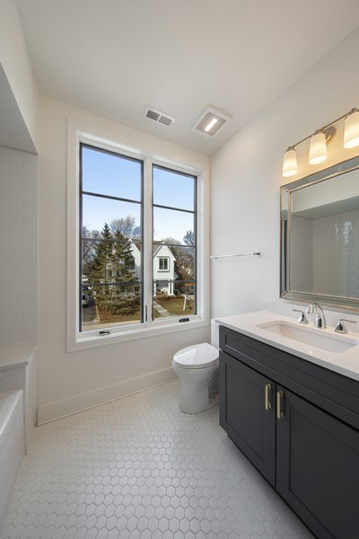 Real Estate Photography - 22 E 6th St, Hinsdale, IL, 60521 - Bathroom