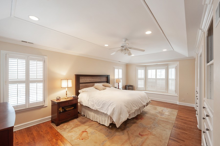 Real Estate Photography - 5 Woodley Manor, Winnetka, IL, 60093 - Master Bedroom