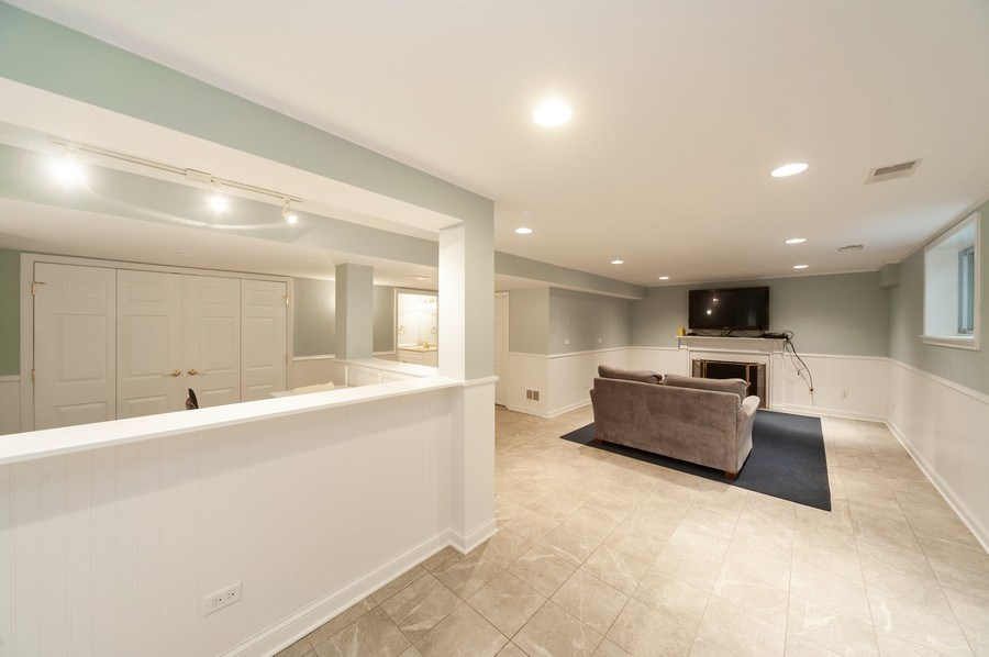 Real Estate Photography - 5 Woodley Manor, Winnetka, IL, 60093 - Basement