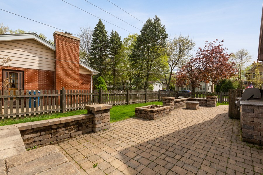 Real Estate Photography - 519 The Lane, Hinsdale, IL, 60521 - Patio
