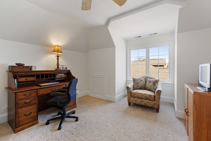 Real Estate Photography - 802 Franklin, Hinsdale, IL, 60521 - 3rd Floor, Bedroom 5 with ensuite bathroom