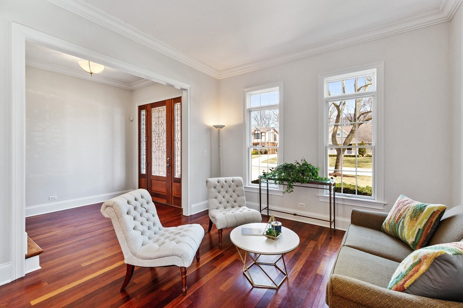 Real Estate Photography - 802 Franklin, Hinsdale, IL, 60521 - Living Room
