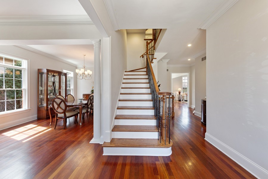 Real Estate Photography - 802 Franklin, Hinsdale, IL, 60521 - Foyer