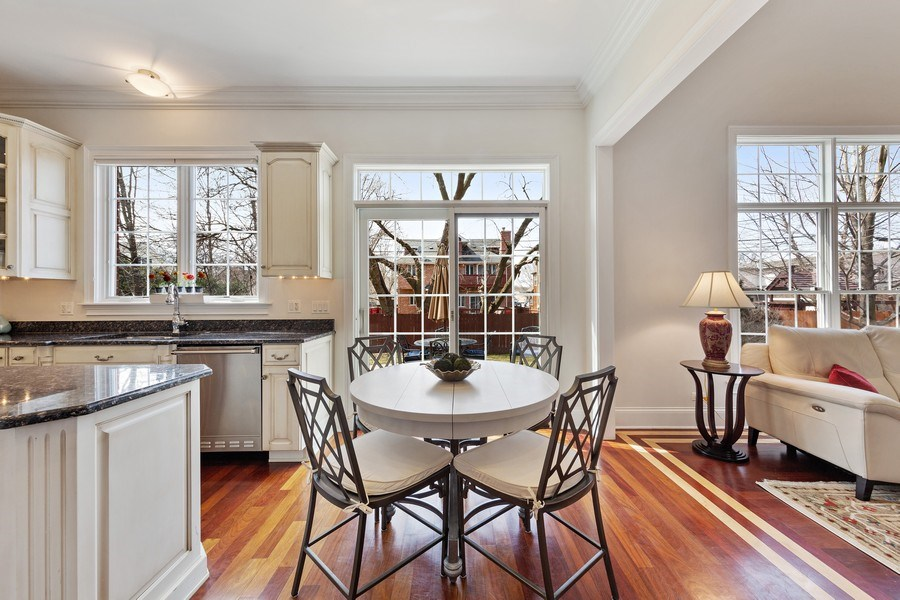 Real Estate Photography - 802 Franklin, Hinsdale, IL, 60521 - Breakfast Area