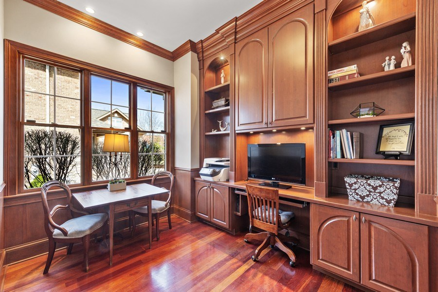 Real Estate Photography - 802 Franklin, Hinsdale, IL, 60521 - Office