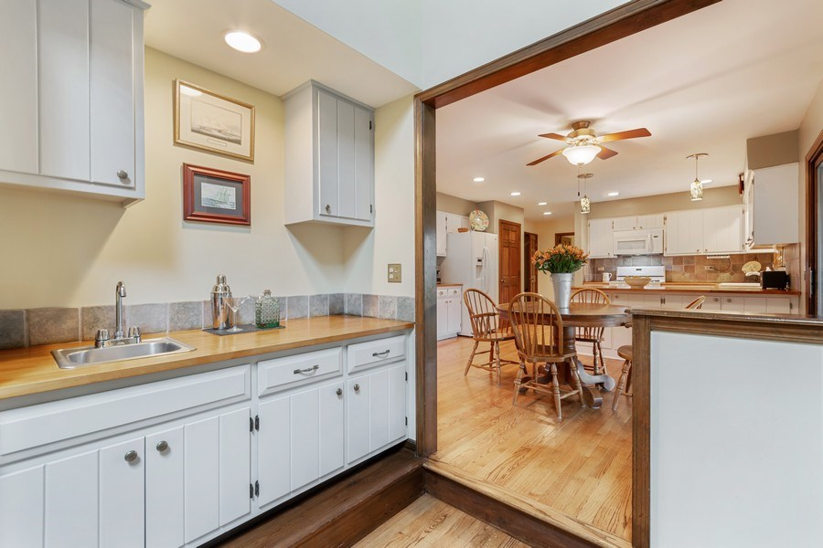 Real Estate Photography - 1952 Sherwood Place, Wheaton, IL, 60189 - Family Room