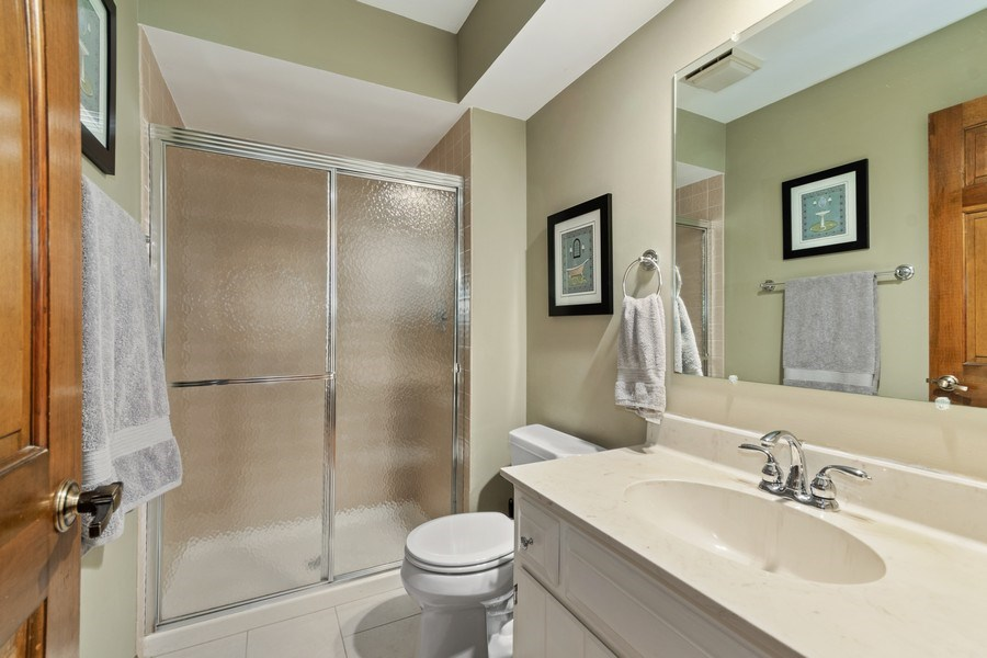 Real Estate Photography - 1952 Sherwood Place, Wheaton, IL, 60189 - 2nd Bathroom