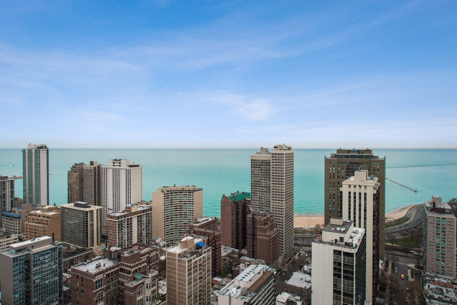 Real Estate Photography - 1030 N State, Chicago, IL, 60610 - View