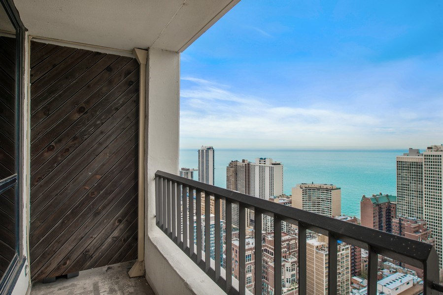 Real Estate Photography - 1030 N State, Chicago, IL, 60610 - Balcony