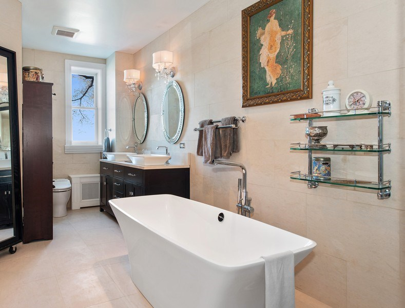 Real Estate Photography - 999 N. Lake Shore, 2A, Chicago, IL, 60611 - Master Bath Another View