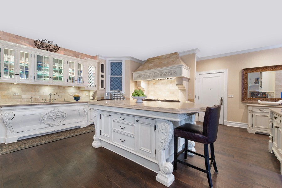 Real Estate Photography - 999 N. Lake Shore, 2A, Chicago, IL, 60611 - Chef's Kitchen