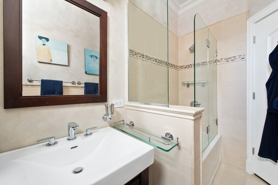 Real Estate Photography - 999 N. Lake Shore, 2A, Chicago, IL, 60611 - Bath to En-Suite  Bedroom Two