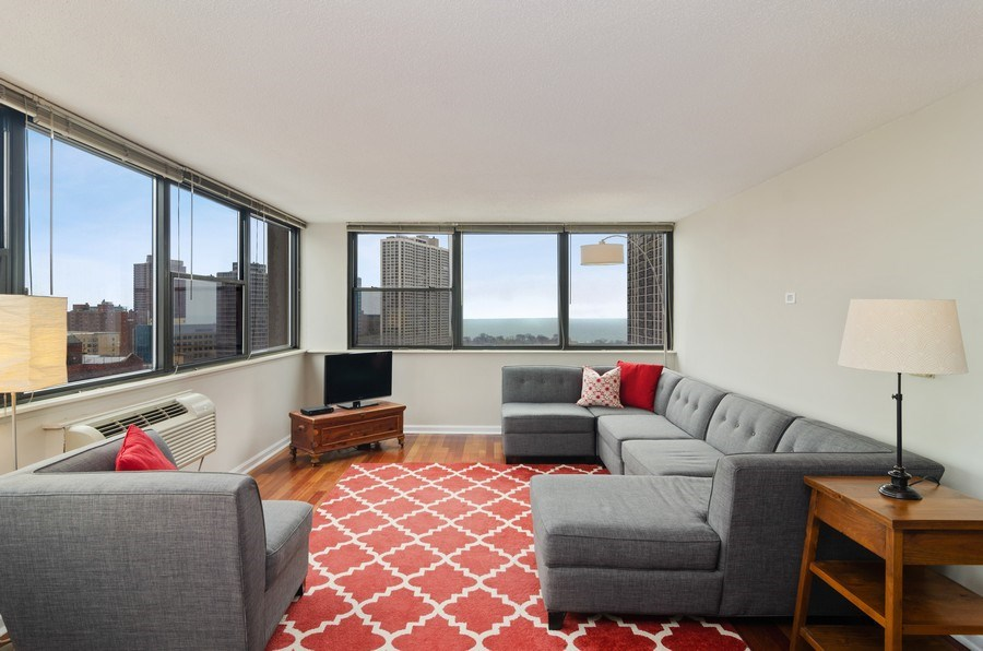 Real Estate Photography - 2700 N Hampden Ct, 21B, Chicago, IL, 60614 - Living Room