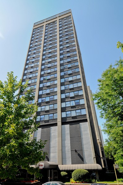 Real Estate Photography - 2700 N Hampden Ct, 21B, Chicago, IL, 60614 -