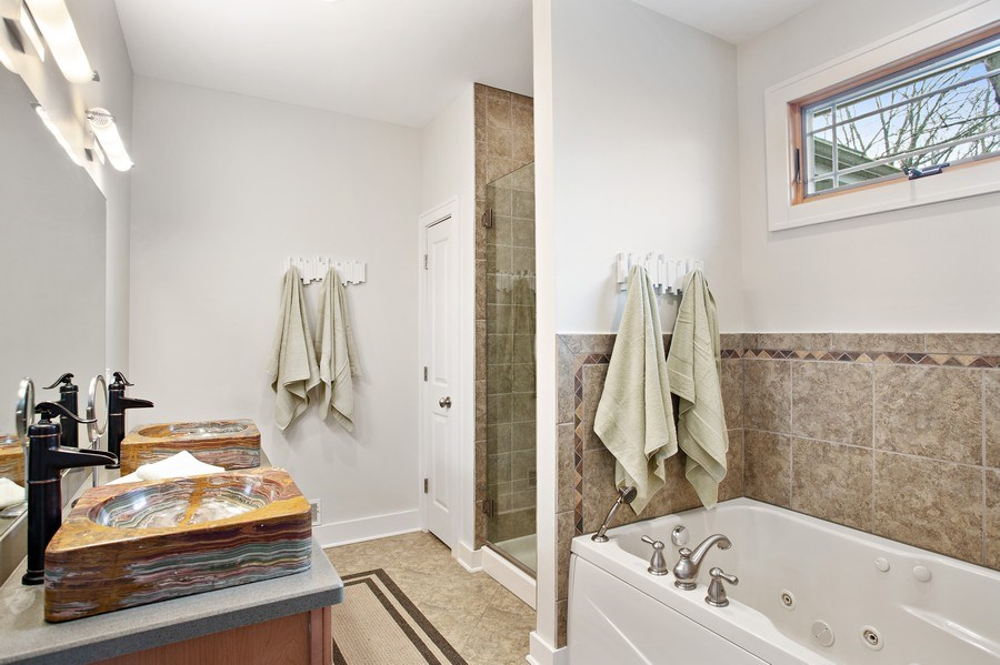 Real Estate Photography - 16204 Quality Ln, Union Pier, MI, 49129 - Master Bathroom
