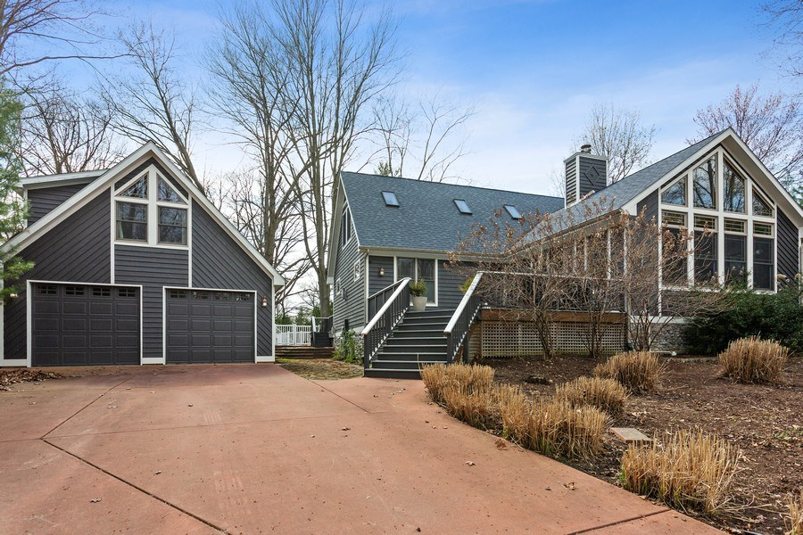 Real Estate Photography - 16204 Quality Ln, Union Pier, MI, 49129 - Front View