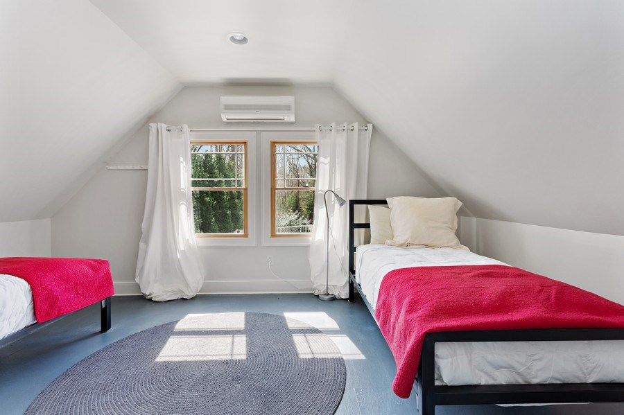 Real Estate Photography - 16204 Quality Ln, Union Pier, MI, 49129 - Guest House Bedroom
