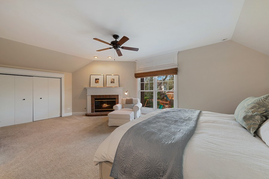 Real Estate Photography - 330 Radcliffe Way, Hinsdale, IL, 60521 - Master Bedroom