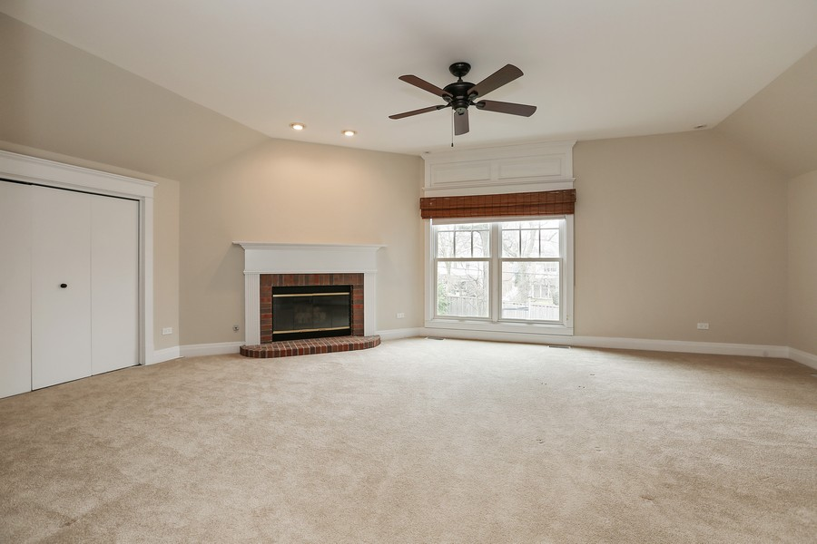 Real Estate Photography - 330 Radcliffe Way, Hinsdale, IL, 60521 -