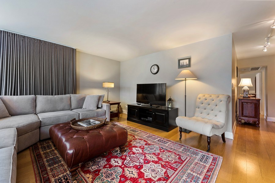 Real Estate Photography - 1310 N Ritchie Ct #14B, Chicago, IL, 60601 - Living Room