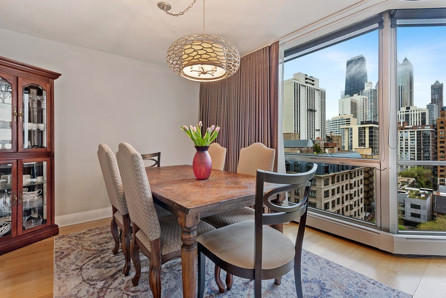 Real Estate Photography - 1310 N Ritchie Ct #14B, Chicago, IL, 60601 - Dining Room